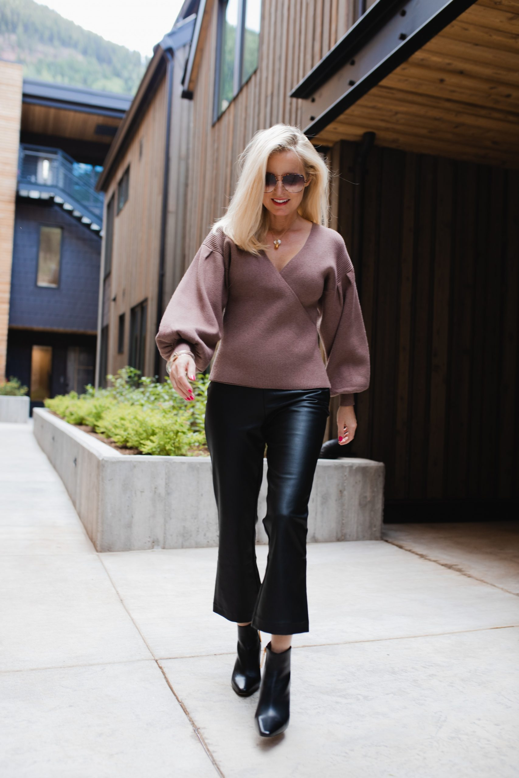 STYLE GUIDE: DATE NIGHT OUTFITS FOR EVERY SEASON