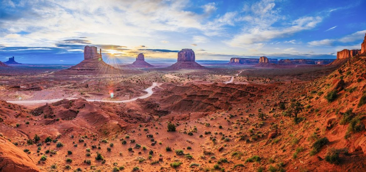 Best Hike in Monument Valley – Wildcat Trail